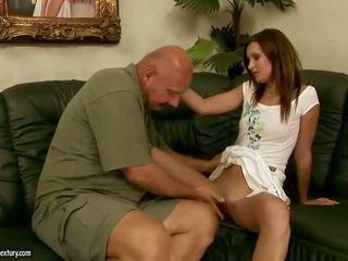Pics di adolescenza having hardcore sesso con maggiore men