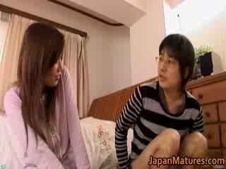 Japans rijpere vrouw has schattig
