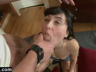 Euro nastolatka gf pierwszy anal pounding
