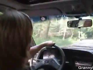 Autó driver bangs nagyi kurva
