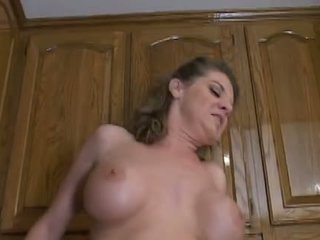 Forró érett anya kayla quinn enjoys egy taste a nagy fekete fasz