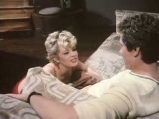 Babe80's sex scene with Cute Blond doll