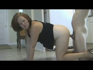 Mamma punishes sønn med piss & creampie