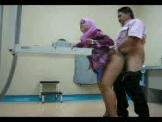 สมัครเล่น ดื้อ arab หญิง วีดีโอ