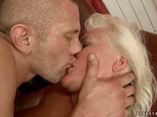 Бабичка секс компилация