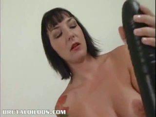 חם צעיר בחורות מזיין עם dildos