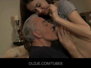 Teeny jana having göte sikişmek sikiş with old guy
