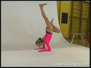젊은 발레 댄서 alina