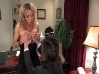 nominale shemale actie, een tranny video-, ladyboy