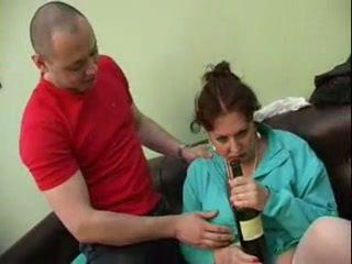 Guy fodido sua bêbeda mãe