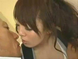 evaluat japonez, tu sânii mari fierbinte
