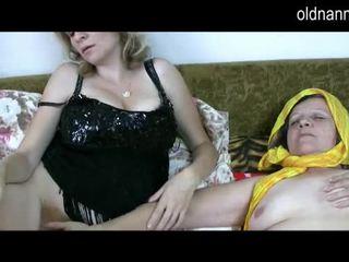 Vecchio lesbica nonna con pelosa fica licking matura fica video