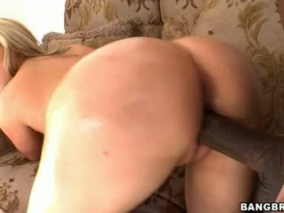 Dayna Vendetta Needed The Superlatively Good Pussy Maintenance From Her Amazing Lover