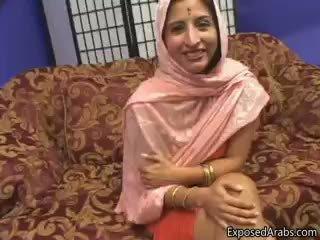 Arab công chúa gets cô ấy chặt chẽ ngắn sát part3