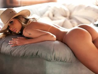 Concrete Angel - Andressa Urach