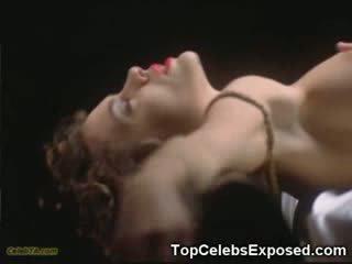 Monica bellucci トップレス!