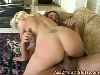 Göte sikişmek loving honey stacy thorn receives double fucked on the diwan by two seksual hunks