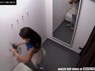 voyeur gepost, heetste tsjechisch actie, security cam scène