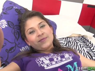 Hot Amateur Latina Babe Yulissa Camacho Get Daily Dose..