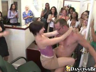 briunetė, malonumas, hardcore sex, public sex