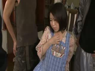 आदर्श जापानी, हॉट चलचित्र गाली दिया, कोई पूर्ण अधिक