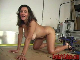 Nude bat shower
