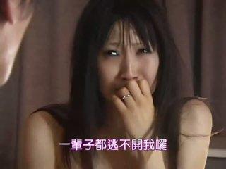 تحقق فاتنة معظم, اسلوب هزلي, شاهد الآسيوية