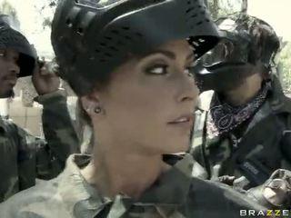 Jessica jaymes gets inpulit afara de o superior video