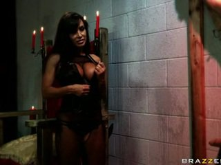 Scorching LIsa Ann Eagerly Takes A Mwazooive Ramrod In Her Slippery Sweet Mouth