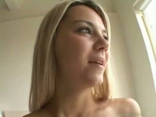 সেক্সি সাদা ashlynn brooke receives একটি warm spray এর বিরাগ