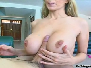 Schlong Starving Bitch JuLia Ann Acquires Her Mouth Clogged With A GIant Fuckstick