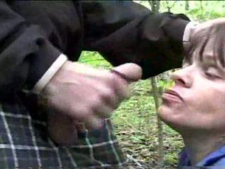 Terri downs - amatoriale - pompino in pubblico park video