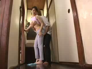 Japanilainen kimainen pojat attacked hänen äitipuoleni video-