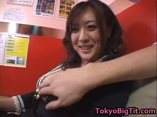 Nana Aoyama Engulfing Dong In Coffee Shop