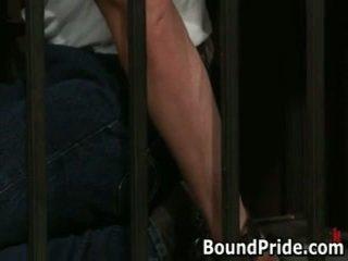 Christian trent gets його tortured сідниці fcuked 1 по boundpride