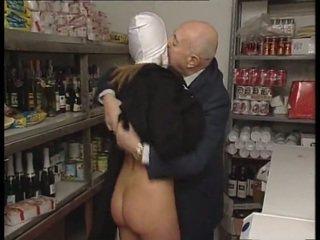 Jeptiška & špinavý starý člověk. ne pohlaví