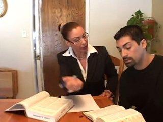 een brunette video-, groot orale seks porno, vaginale sex