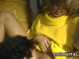 Blondie bee 80s gwiazda porno banged ciężko i głębokie