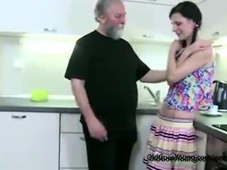 jaunas, paaugliams, žmonos apgautas vyras