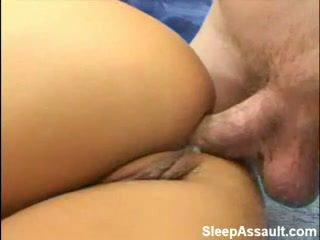شقراء مارس الجنس في لها الحمار في حين نائم