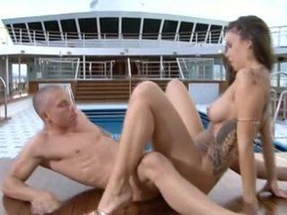 controleren brunette seks, vol orale seks, ideaal vaginale sex gepost
