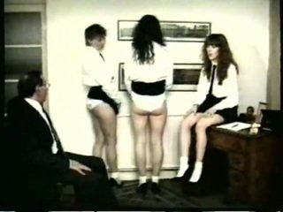 палицями, над коліном spanking, трепка