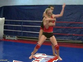 Dorina golden at melissa ria fighting sa loob ang ring