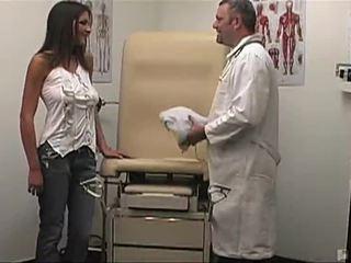 kwaliteit brunette kanaal, neuken tube, een hardcore sex actie