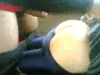 Arab في سن المراهقة مارس الجنس في سيارة بعد مدرسة فيديو