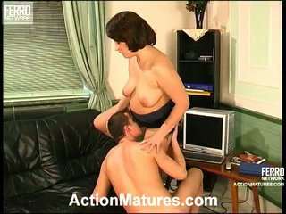 JuliAna And Donald Kinky Mom Inside Action