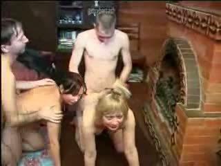Silikon göğüsler aile akrobatik seks