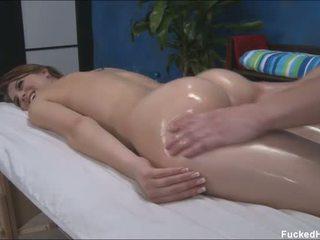 Comel seksi 18 tahun lama gets fucked keras