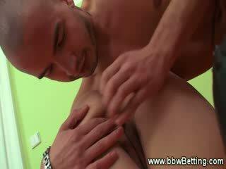 Bbw gives blowjob then gets fingered