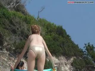 Amateur Titties i Beach